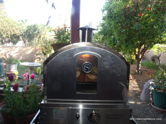 Pacific Living Pizza Oven