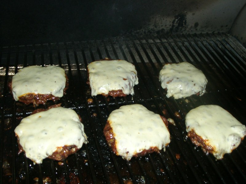 Grandville's Bacon Cheese Burger, wood pellet, grill, smoker, Recipe