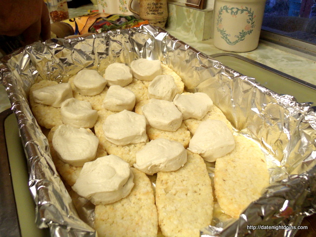 Ultimate Biscuit and Gravy Breakfast Bake